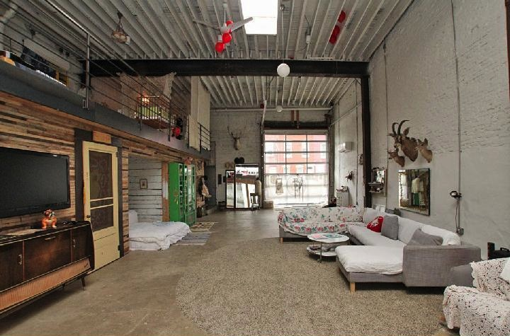 sold doub hanshaw s incredible free people garage loft philadelphia magazine. Black Bedroom Furniture Sets. Home Design Ideas