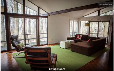 phoenixville airbnb screen shot