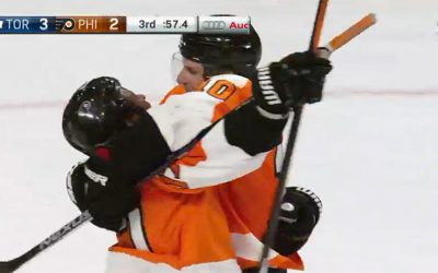 Flyers late goal - Wayne Simmonds