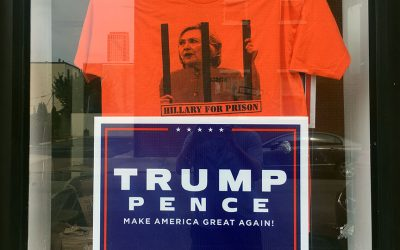 """Donald Trump - with """"prison for Hillary"""" shirt"""