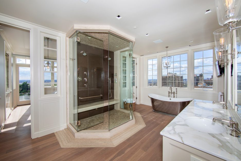 You Can T Top This 3 Levels Of Luxury 360 Degree Views 7m