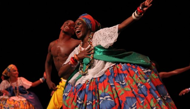 Balé Folclórico da Bahia performs at the Merriam Theater on Friday. Photo by Vinicius Lima
