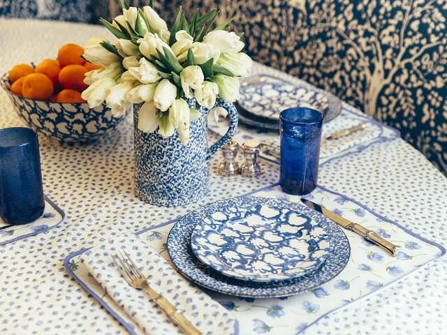 Pretty offerings from Tory Burch's home collection, now exclusively available to register for at Zola.