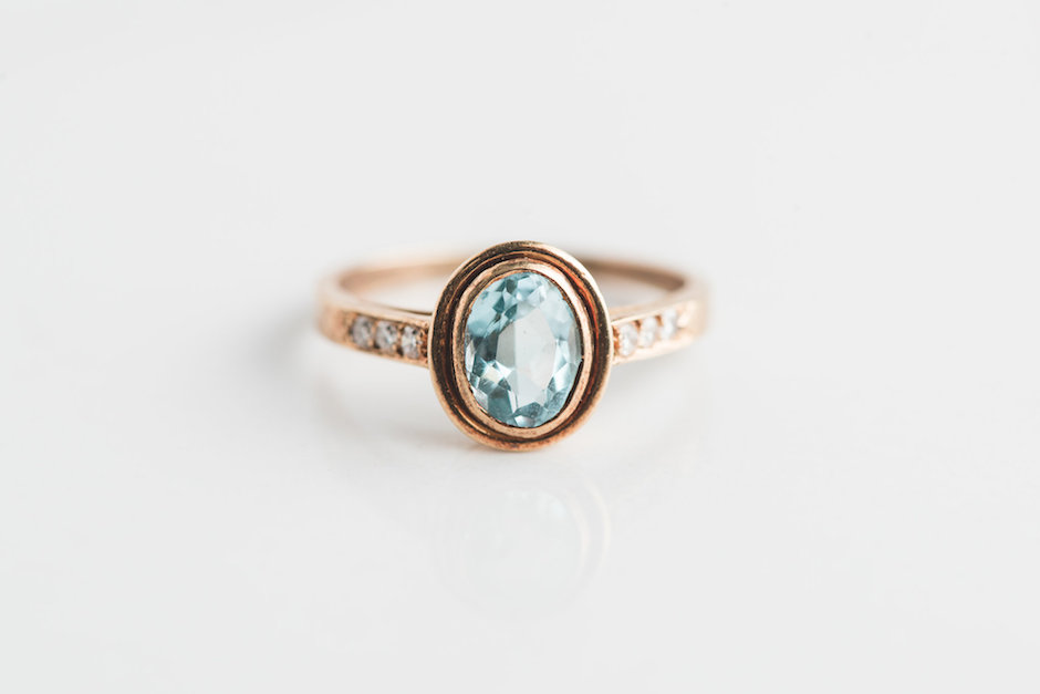blue zircon aquamarine yellow gold antique ring (2)