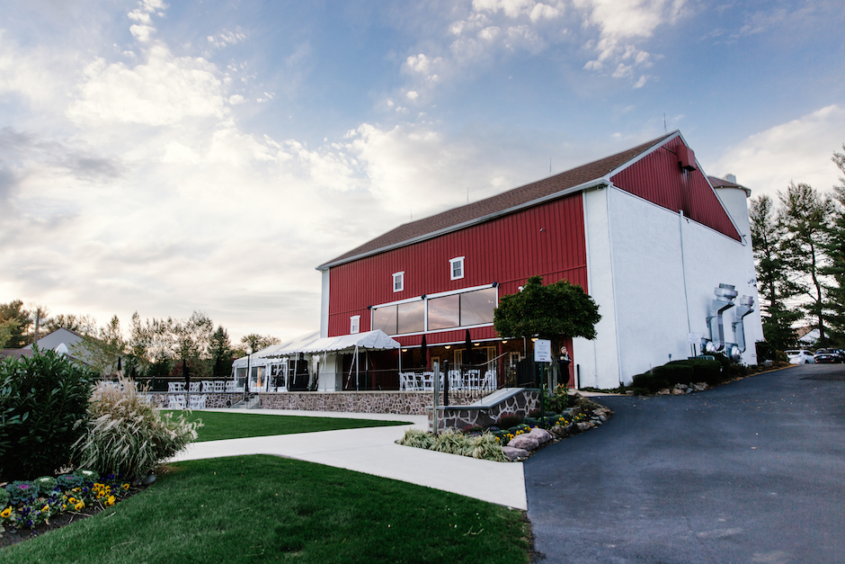 7 gorgeous barn wedding venues in the philadelphia area 7 gorgeous barn wedding venues in the philadelphia area junglespirit Gallery
