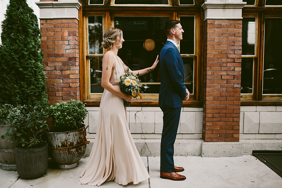 How one philly couple pulled off a surprise wedding at a coffee chloe executive assistant to the president and ceo of the please touch museum met jimmy a partner at kintext consulting at johnny brendas she was junglespirit Images