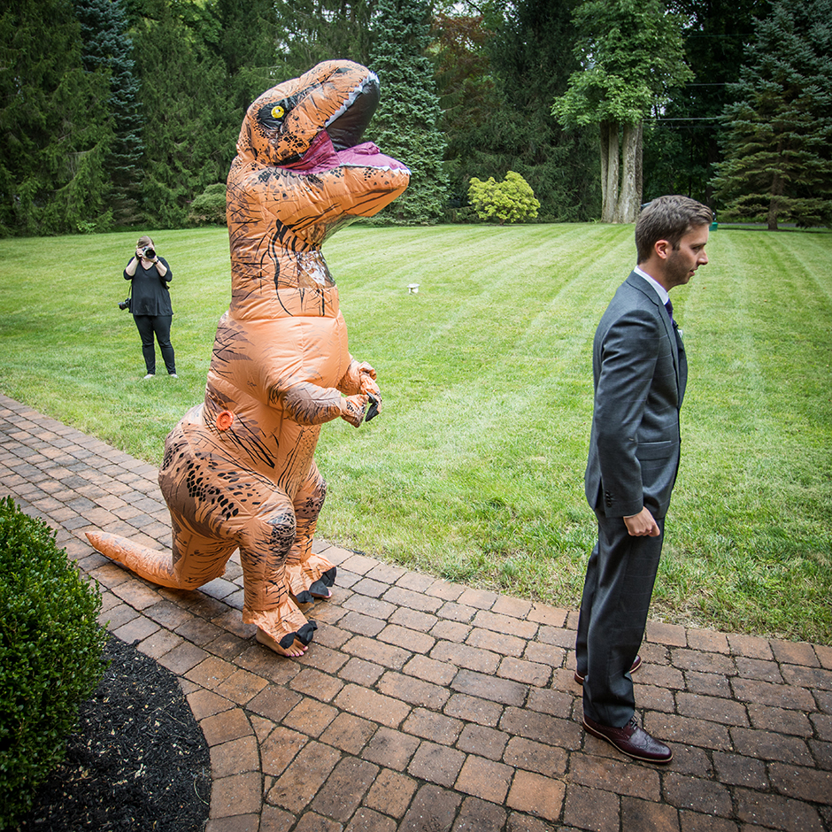 u201cMark loves dinosaurs and Jurassic Parku201d says Jessica of the decision who even threw her groom a surprise Jurassic Park birthday party last year. & Too Funny: This Media Bride Wore a T-Rex Costume For Her First Look ...