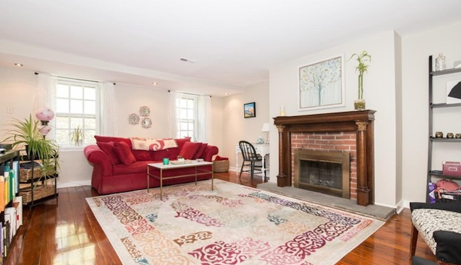 All But Two Of These 10 Lowest Priced Society Hill Condos Are Of  Contemporary Design. The Two That Arenu0027t Are Both Located At 302 Lombard  St. This Oneu0027s The ...