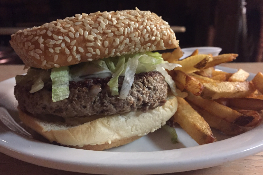 """Impossible Burger: This Philly Restaurant Chain Now Serves The """"Impossible"""