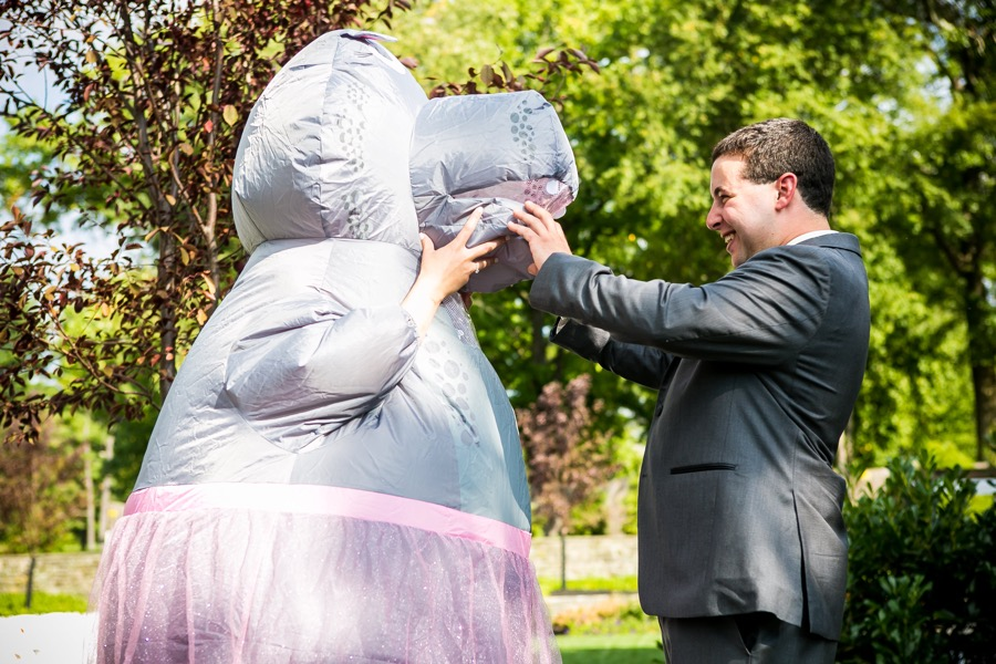 This bride hilariously pranked her groom by wearing a hippo costume this bride hilariously pranked her groom by wearing a hippo costume for their first look junglespirit Gallery