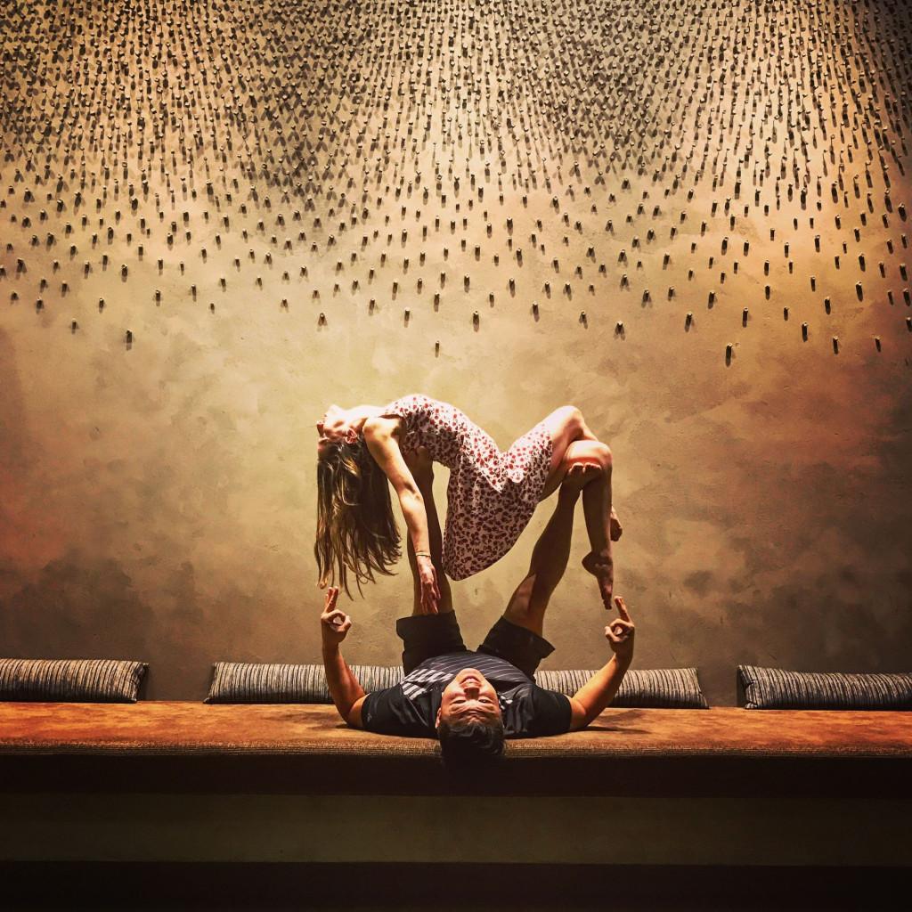 This Philadelphia Man Wants To Acro Yoga Lift 10 000 People