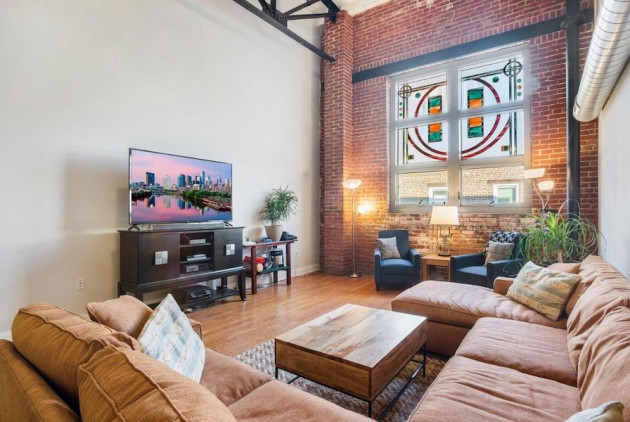 Aloft in Northern Liberties for $425K