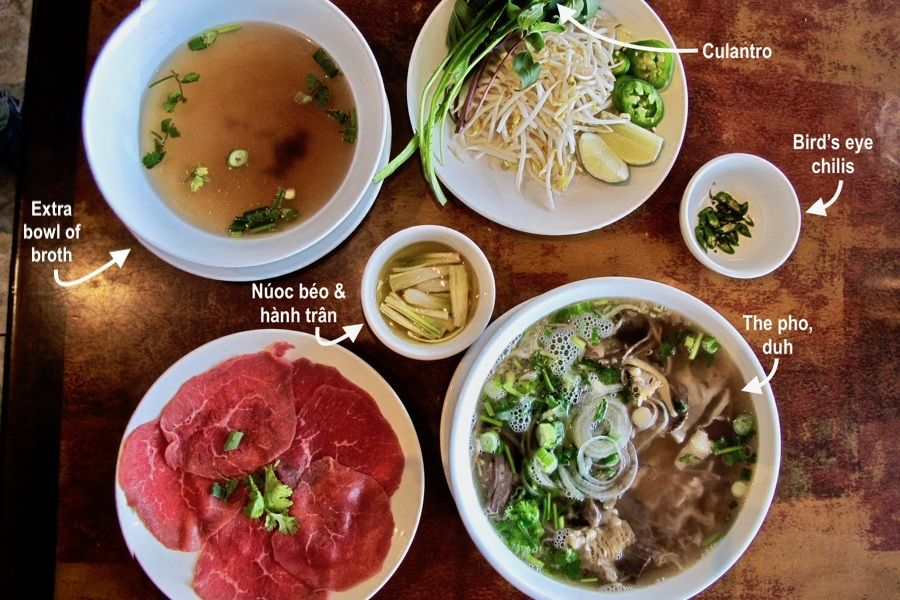 Ask the Editor: How Do I Build a Bowl of Pho Like a Pro?