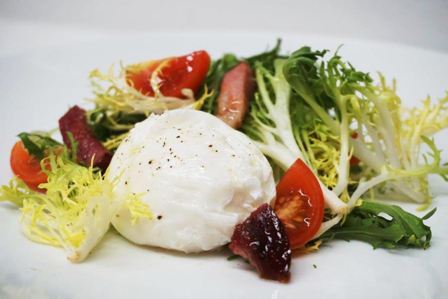 bistro perrier salad