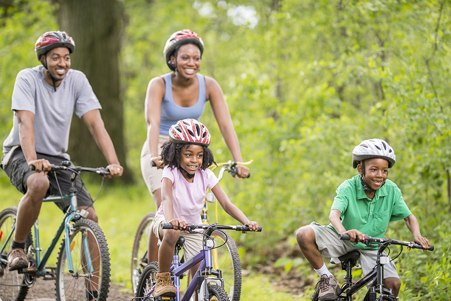 family-fitness-on-vacation