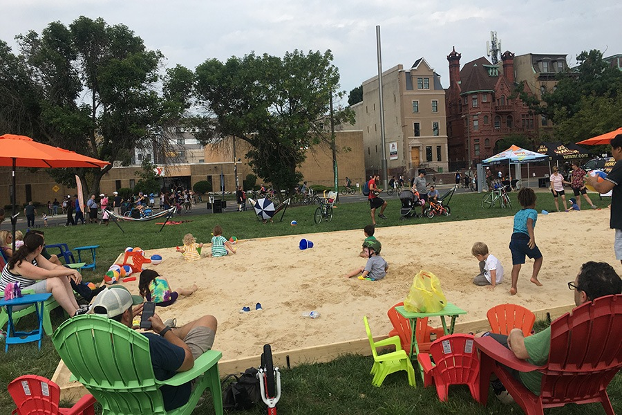 philly free streets pop up beach