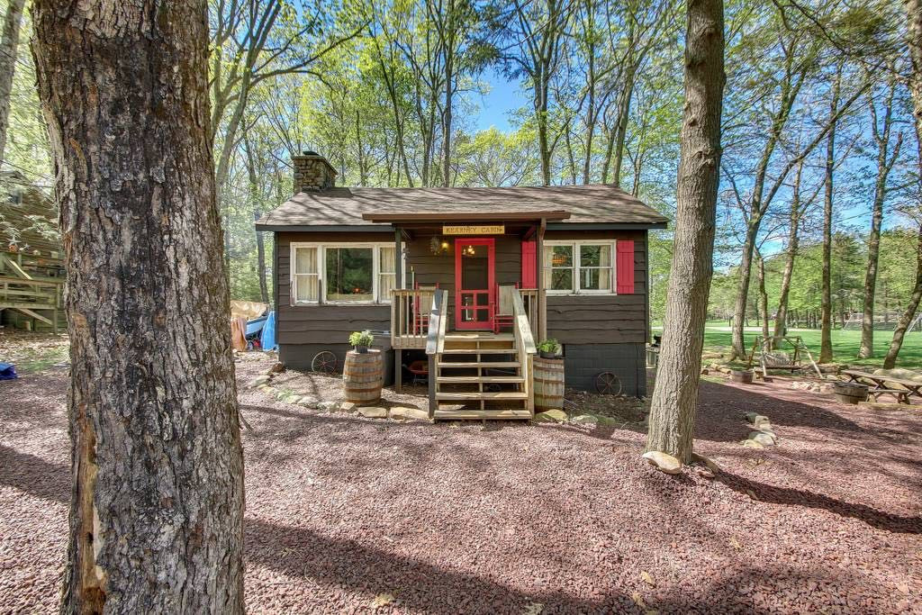Airbnb Cabins Near Philadelphia That You Can Book to Spend