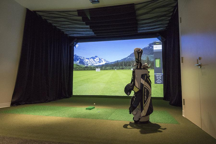 lincoln square golf simulator