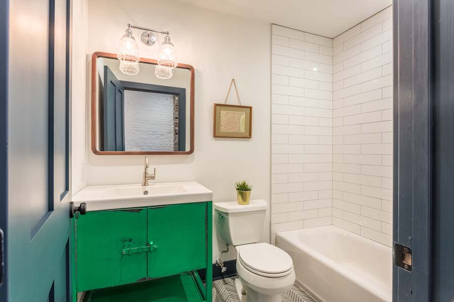 house for sale east kensington carriage house bathroom