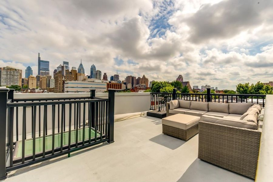 house for sale grad hospital 19th st roof deck