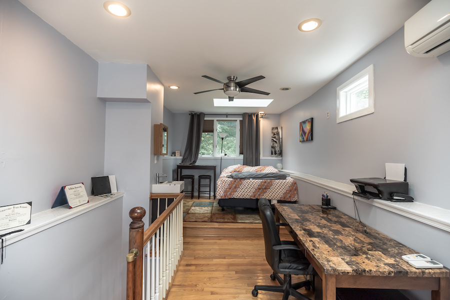 house for sale manayunk narrow trinity master bedroom