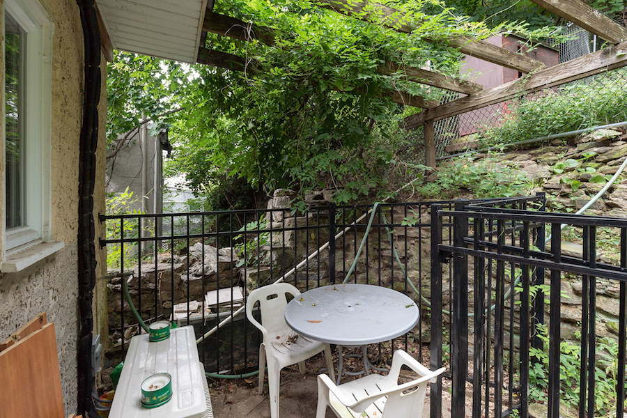 house for sale manayunk narrow trinity patio