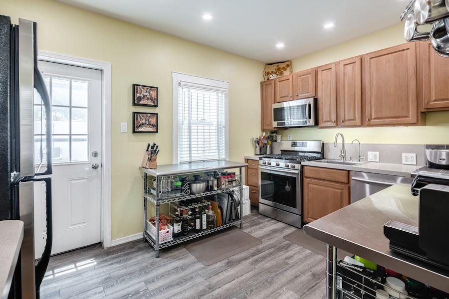 house for sale naudain st trinity kitchen