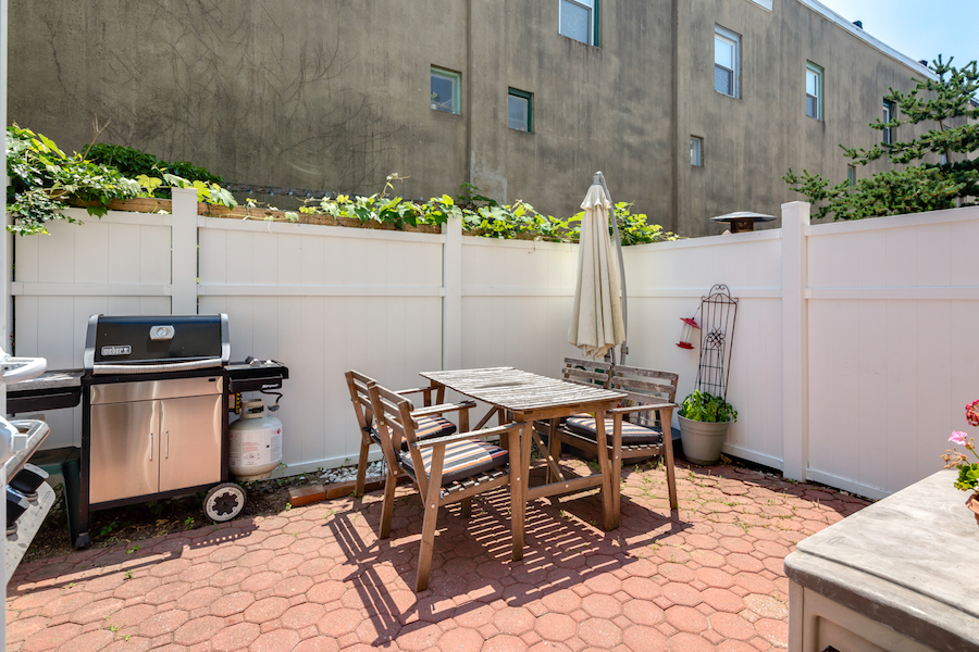 house for sale naudain st trinity patio