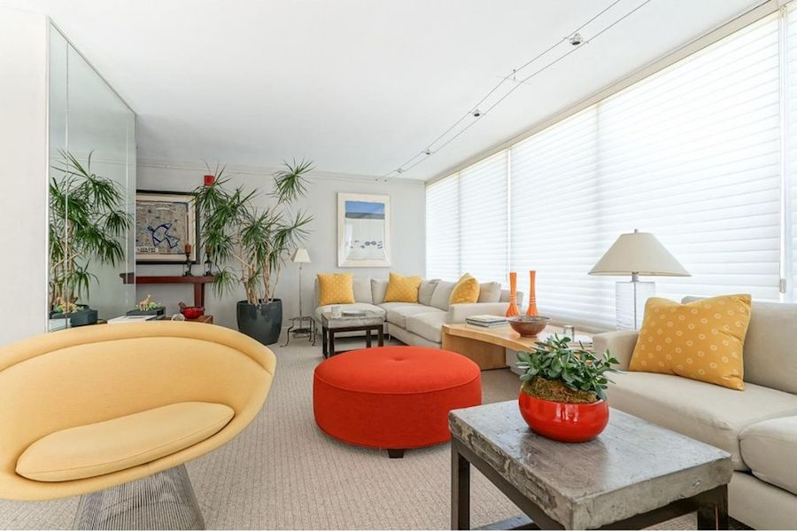 condo for sale wynnefield heights park plaza living room
