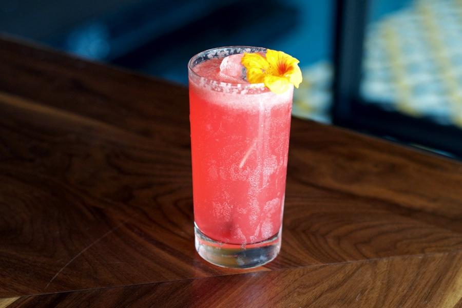 r and d cocktail floradora