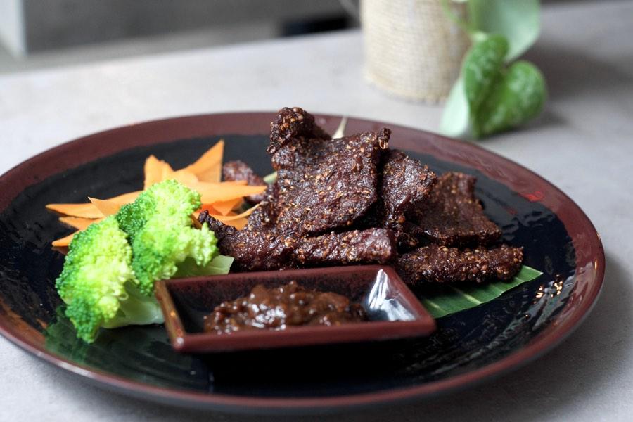 vientiane bistro beef