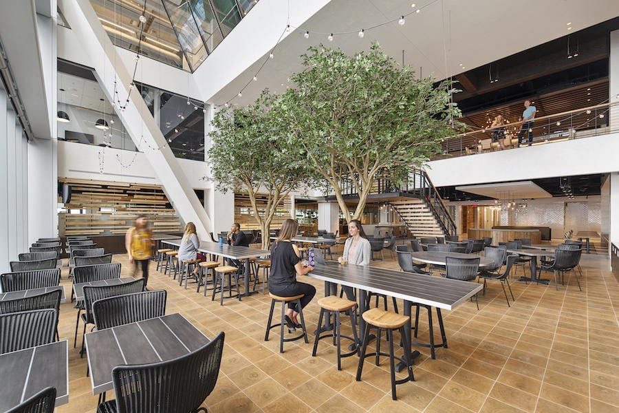 comcast technology center tour restaurant lounge