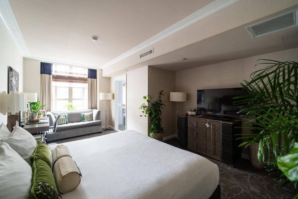 https://www.hotelpalomar-philadelphia.com/room-6o2/