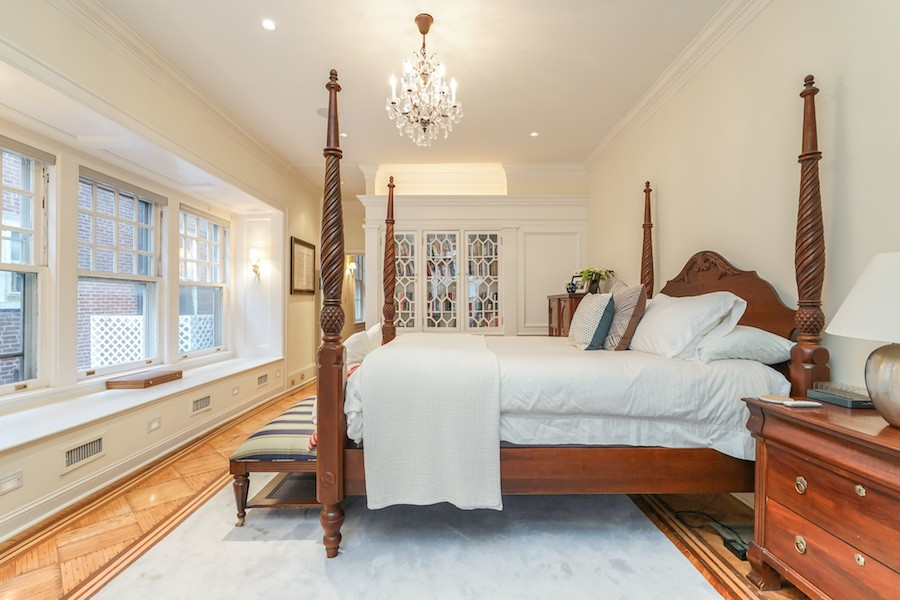 house for sale rittenhouse airbnb townhouse master bedroom
