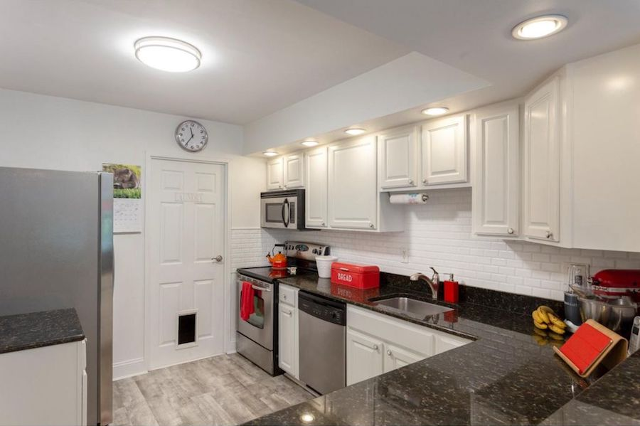 condo for sale society hill abbotts square townhouse kitchen