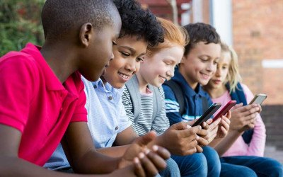 kids-and-cellphones