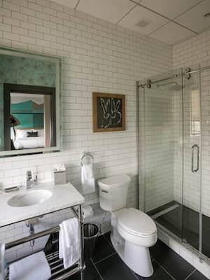 parker spruce hotel fairfield inn makeover guest room bathroom