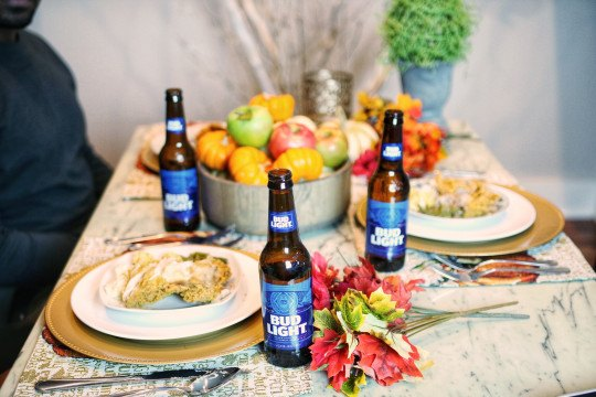 friendsgiving-budlight-beer