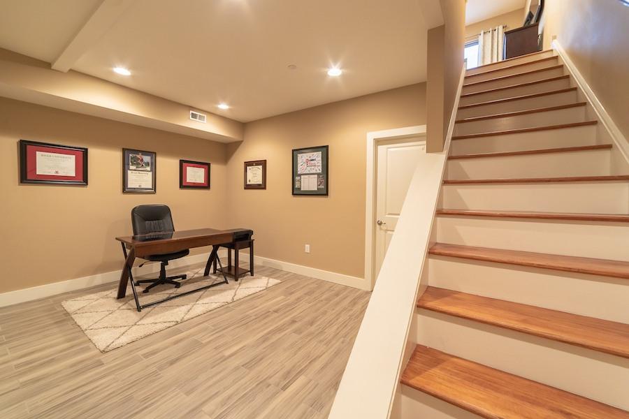condo for sale fishtown tri-level basement