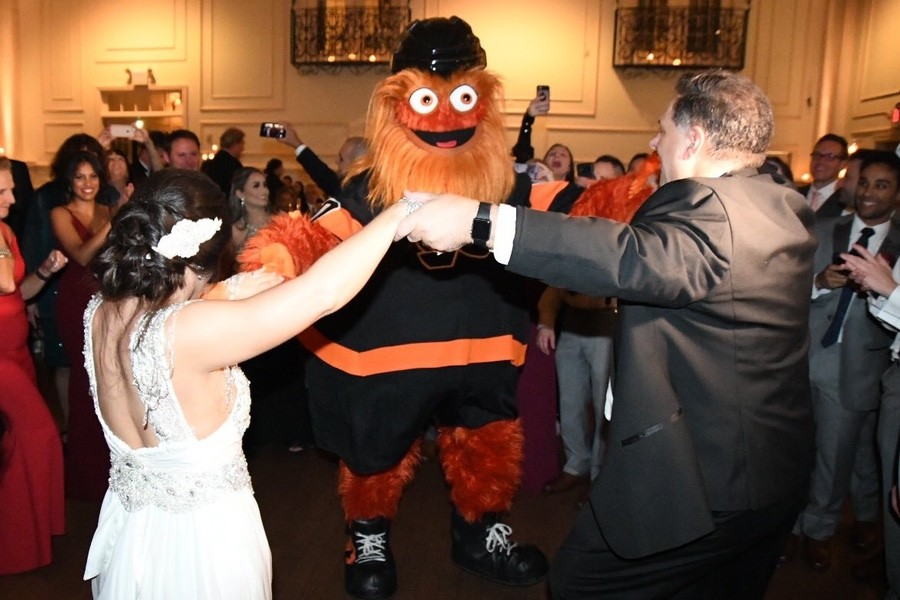 Gritty wedding crash
