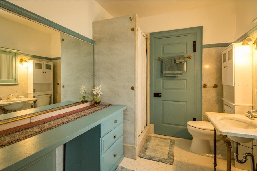 house for sale devon colonial revival bathroom
