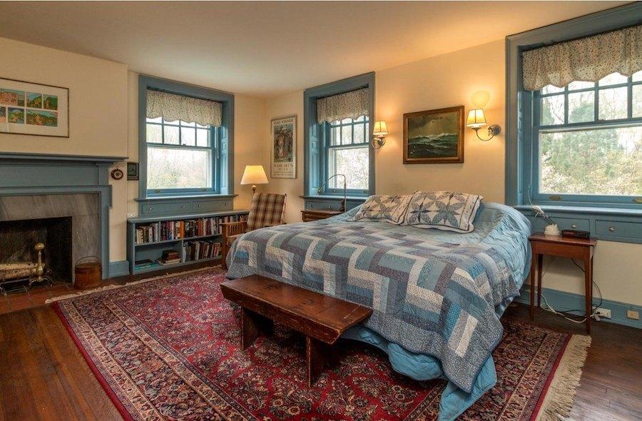 house for sale devon colonial revival 2nd flr bedroom