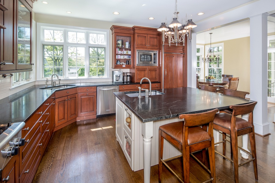 house for sale gladwyne estate Main house kitchen and breakfast room