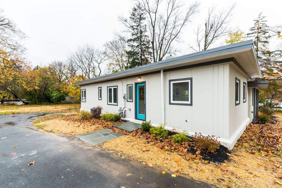 house for sale wyndmoor midcentury classic front elevation