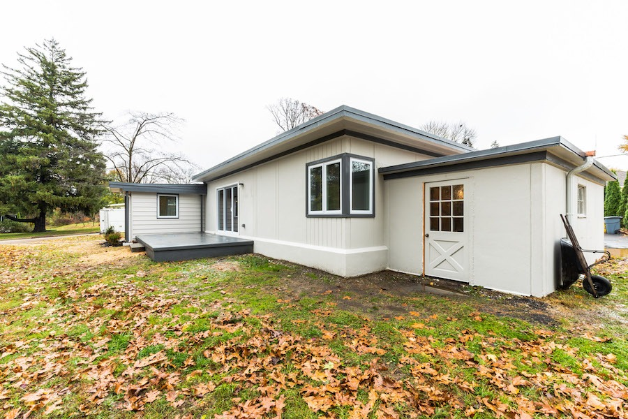 house for sale wyndmoor midcentury classic side patio