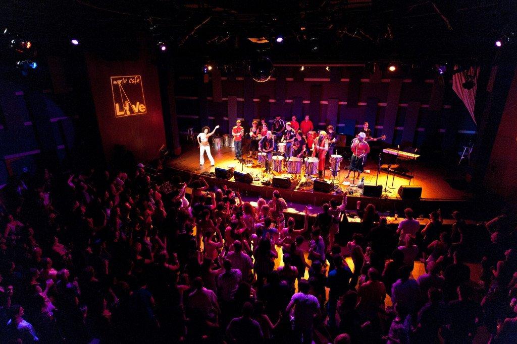 live music concert venue