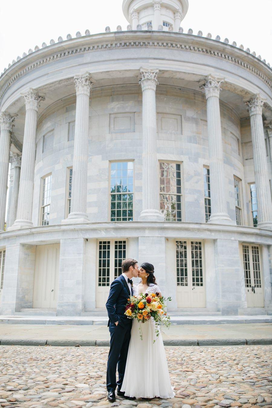 merchants-building-philadelphia-wedding-photos
