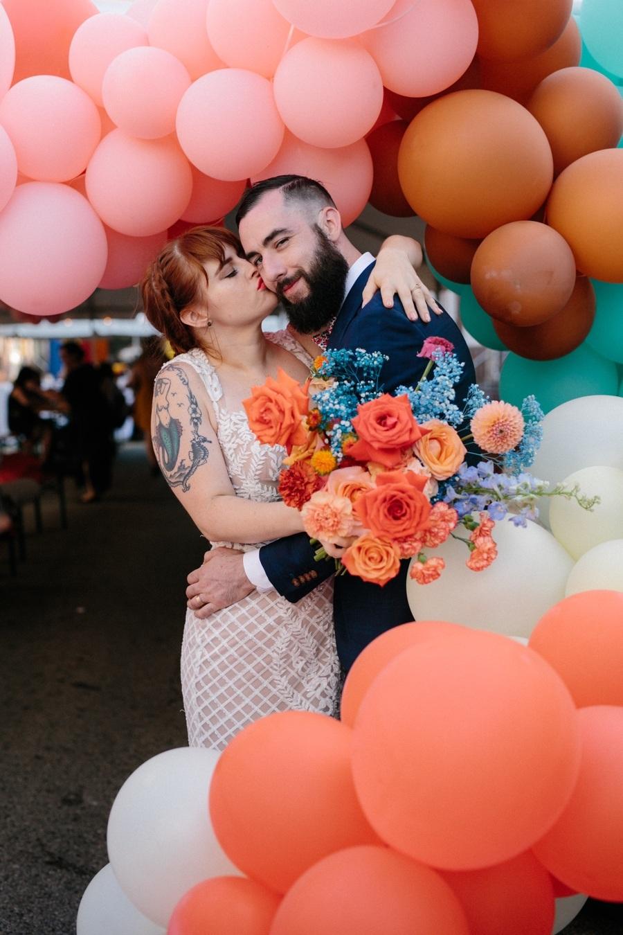 balloon wedding portrait