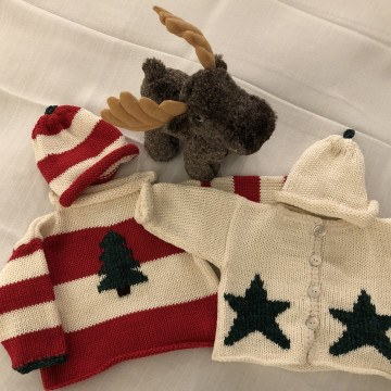 unique-gifts-sweaters