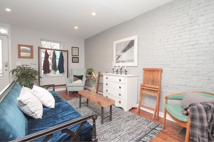 House For Sale Hidden Rowhouse With Large Yard In Fishtown